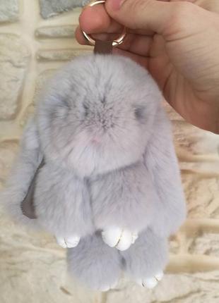 Меховой кролик рекс серый