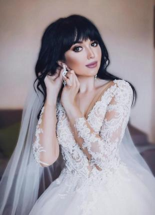 Свадебное платье коллекции 2019 года