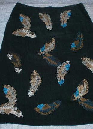 Брендовая юбка тренд с вышивкой от laura ashley, р.м (uk.10), пот-36, поб-46-47, ди-59