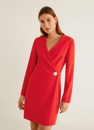 Алое платье с запахом и пуговицей mango - s, m