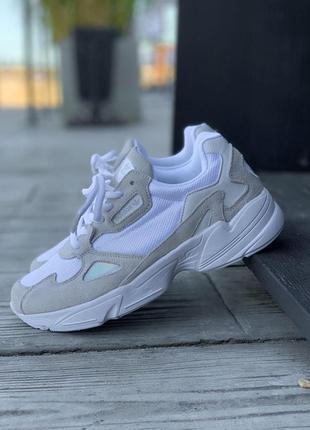 Кроссовки adidas falcone женские белый цвет замша