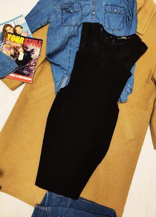 Платье чёрное по фигуре с сеточкой на боках miss selfridge