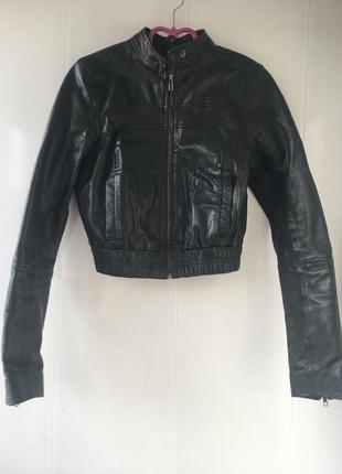 Укорочённая кожаная куртка бомбер, натуральная кожа