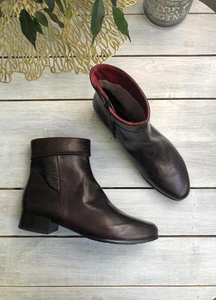 Everybody кожаные фирменные ботинки утеплённые на меху