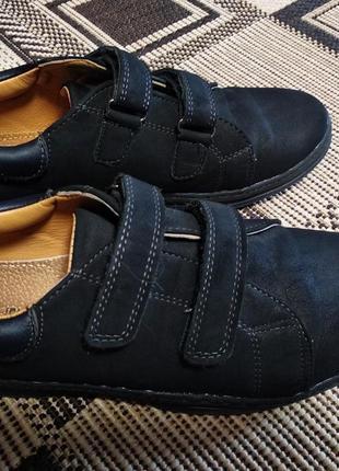 Туфли на липучках. туфли на мальчика. классические туфли.