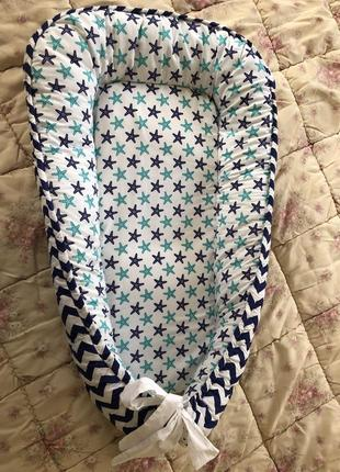 Бебінест для немовляти