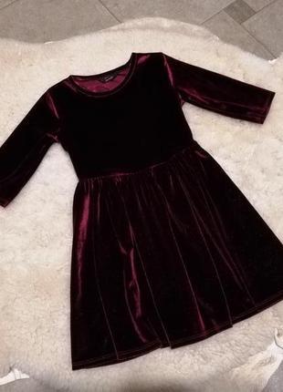 Велюровое блестящее платьице george на 4-5 лет