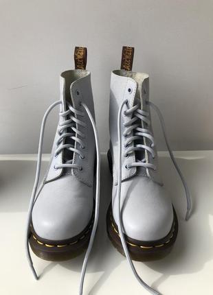 Жіночі черевики dr martens 1460
