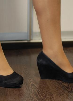 Темно-синие, замшевые натуральные туфли