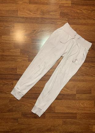 Красивейшие нежные штаны спортивки спортивные reebok