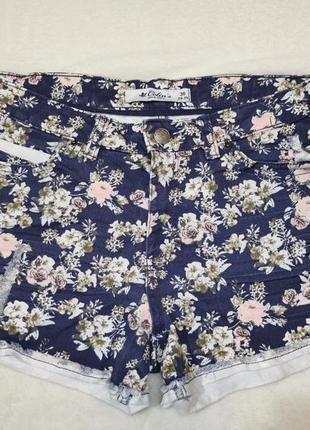 Джинсовые шорты в цветочек colins