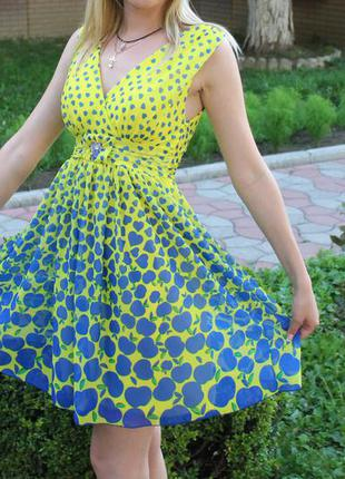 Продам сарафан платье sogo