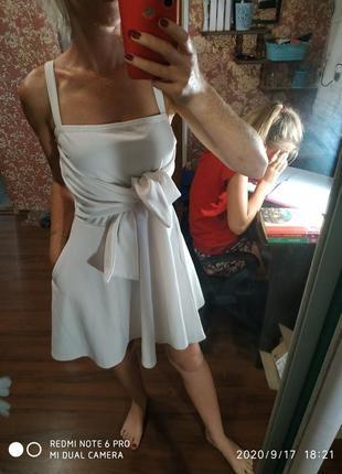 Белое фирменное 👗 платье -xs s