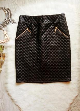 Черная плотная деми кожаная короткая юбка с молнией замком сзади высокая посадка кожзам
