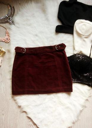 Бордовая марсала короткая вельветовая мини юбка с поясами zara