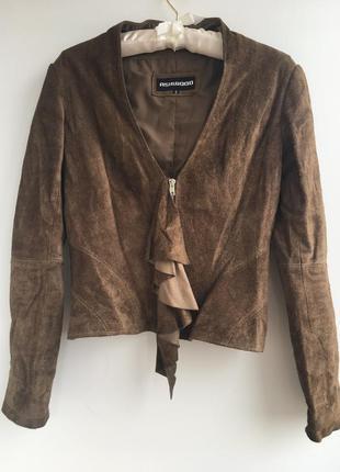 Стильный приталенный замшевый кожаный пиджак курточка куртка, жабо, натуральная кожа замш