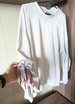 Шикарный велюровый нарядный свитшот