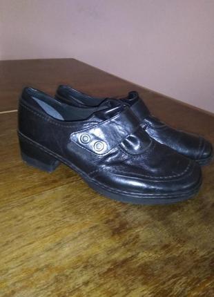 Туфли демисезонные. размер 39.