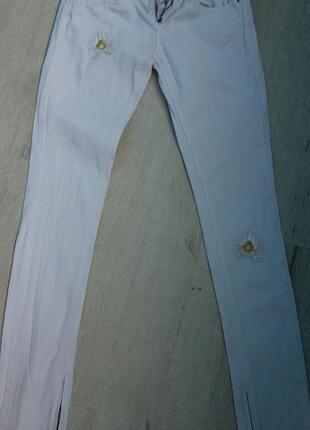 Стильные хлопковые женские джинсы