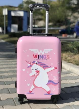 Пластиковый чемодан для девочки с  принтом единорогом