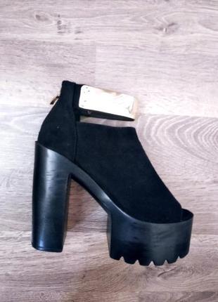 Босоножки,туфли на платформе