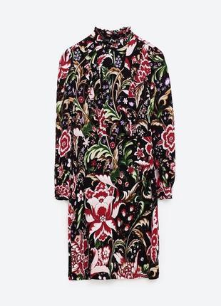 Шикарное цветочное платье с рюшами и кружевом zara сукня