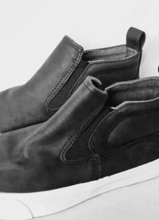 Детские демисезонные ботинки zara