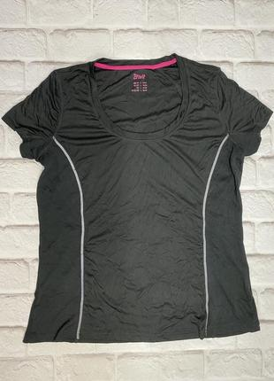 Спортивная футболка чёрная crivit