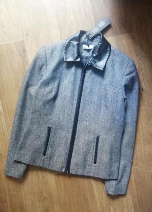 Куртка, курточка, пиджак, жакет, пальто, ветровка