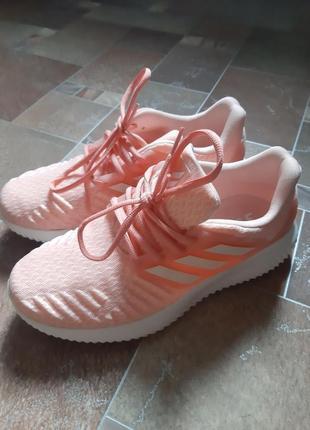 Фирменные оригинальные кроссовки adidas alphabounce.