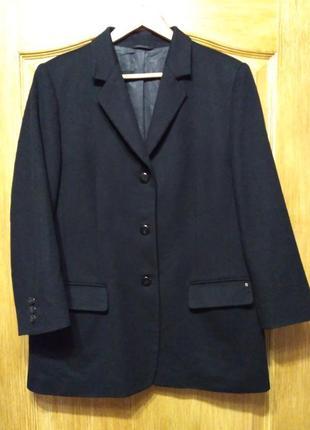 Etienne aigner! черный тонкий шерстяной пиджак, полупальто
