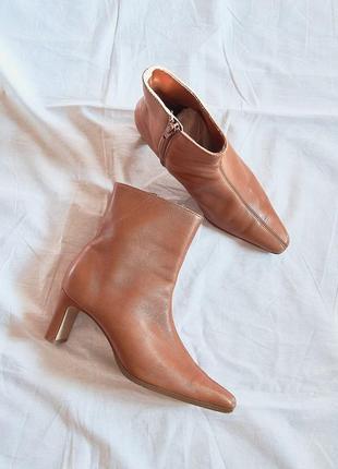 Бежевые сапожки, сапоги с квадратным носком, осенные сапожки, бежеві чобітки