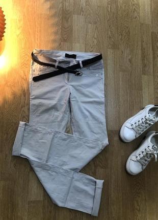 Белые легкие удобные штаны