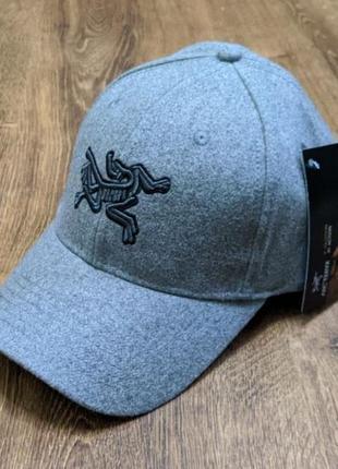 Шерстяная кепка бейсболка arcteryx