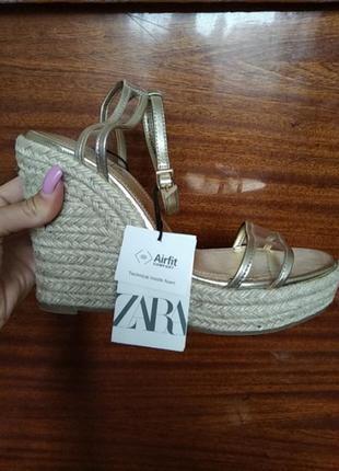 Zara босоножки 38 размер