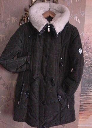 Куртка теплая не промокаемая, не продуваемая,