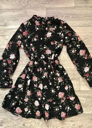 Платье в цветочек от zara