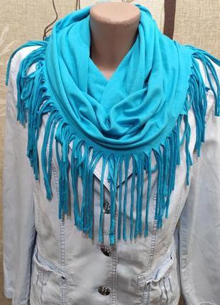 Голубой трикотажный хомут, шарф с кисточками