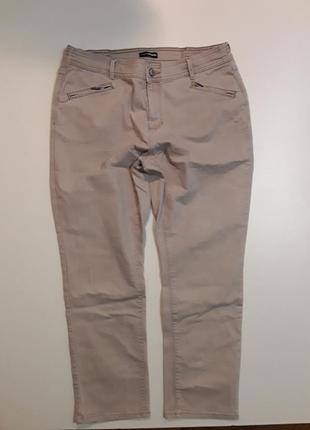Фирменные стрейчевые брюки штаны джинсы