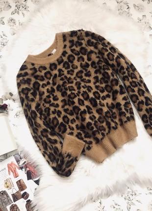Мягкий пушистый свитер h&m леопардовый принт