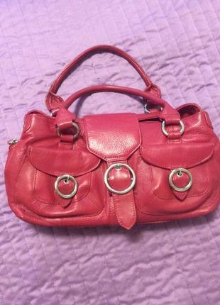 Симпатичная кожаная сумка натуральная кожа брендовая