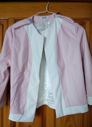 Продам нову курточку