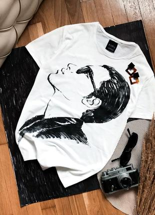 Біла футболка оверсайз з малюнком з принтом белая с рисунком футболка бойфренд базовая