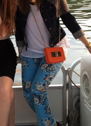 Лёгкие цветочные джинсы в стиле zara