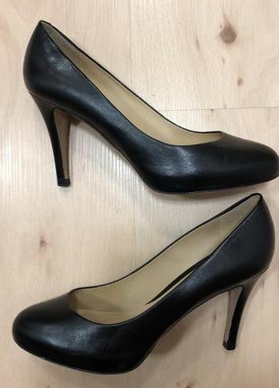 Geox  чёрные туфли