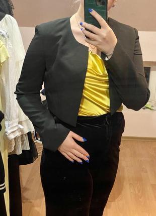 Укорочений піджак
