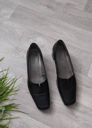 Туфли кожаные черные низкий каблук gabor