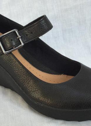 Кожаные туфли clarks 42 р.