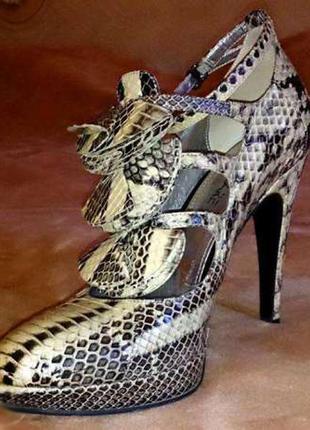 Туфли attizare из натурального питона