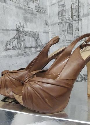 Коричневые босоножки на шпильке и платформе каблук 12 см